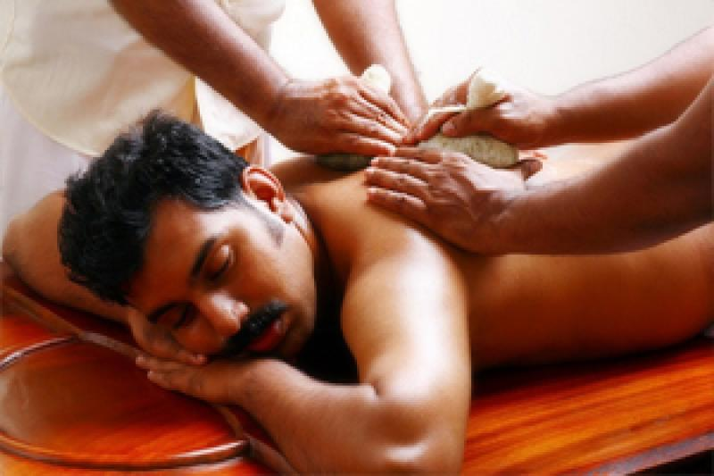 Ayurveda shoulder treatment